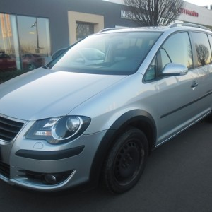 VOLKSWAGEN TOURAN Cross2.0 PD TDI DSG DPF