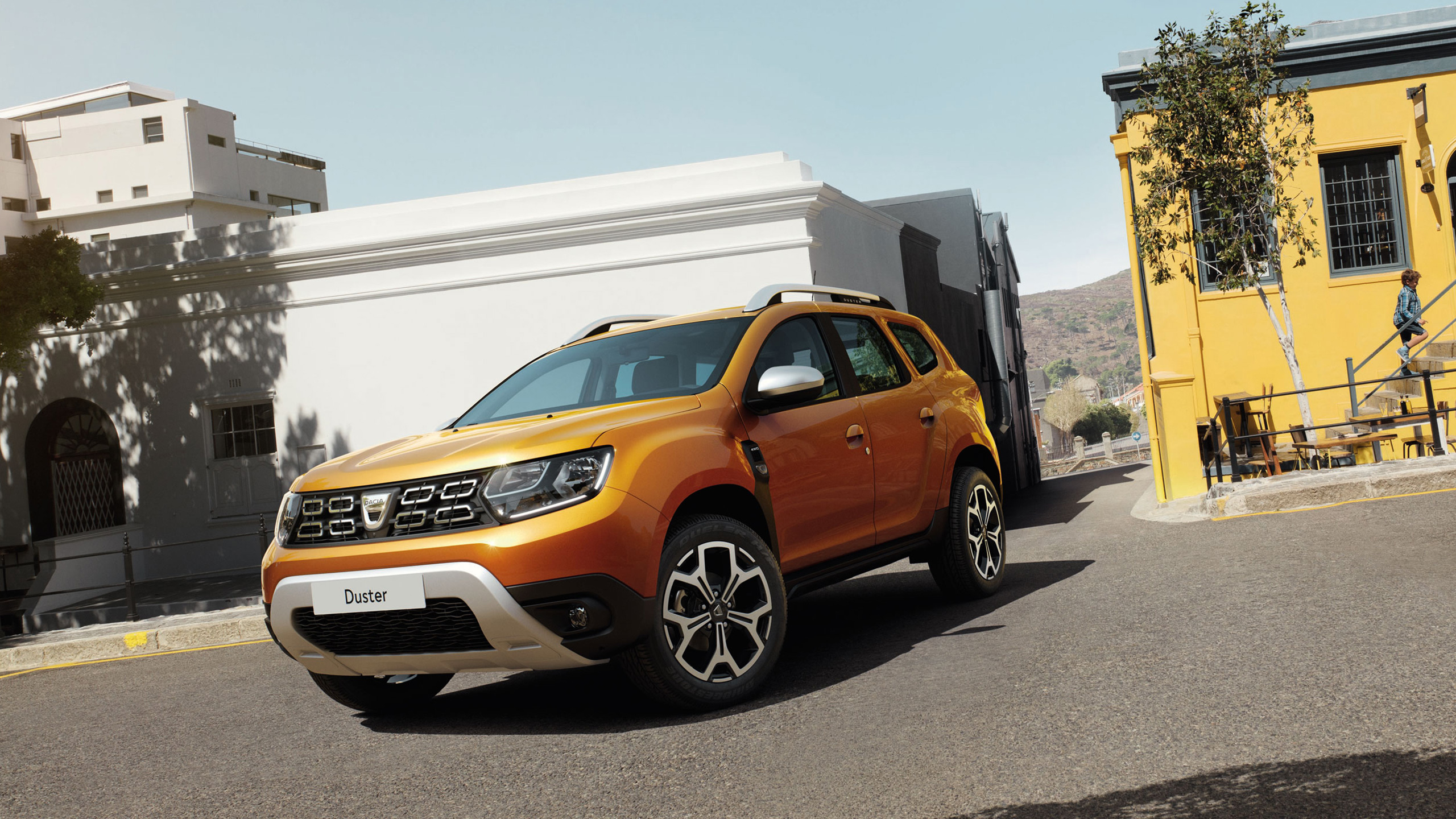 dacia-duster-hjd-ph1-exterior-lifestyle-002