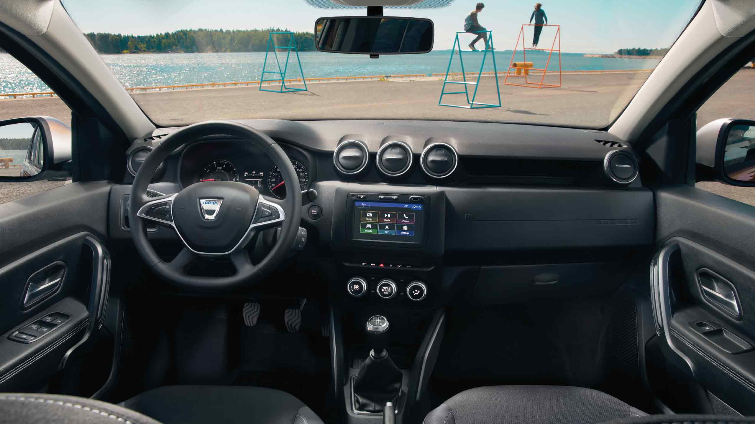 dacia-duster-hjd-ph1-interior-lifestyle-001
