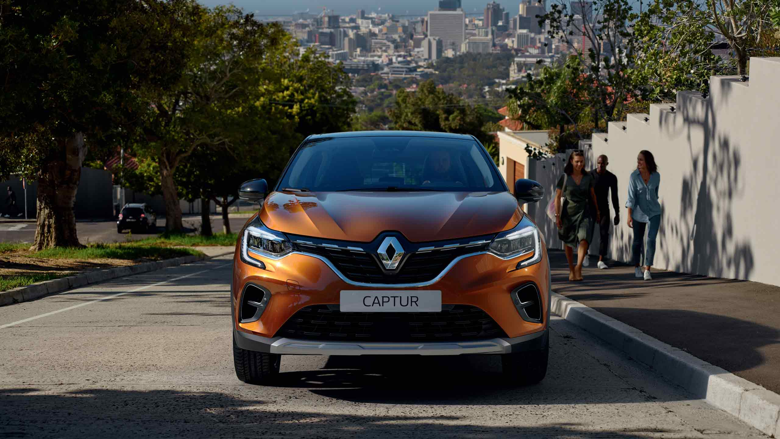 renault-captur2-ph1-exterior-lifestyle-003