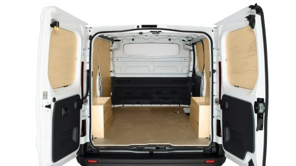 renault-trafic-X82ph1-features-layout-001.JPG.ximg.l_6_m.smart