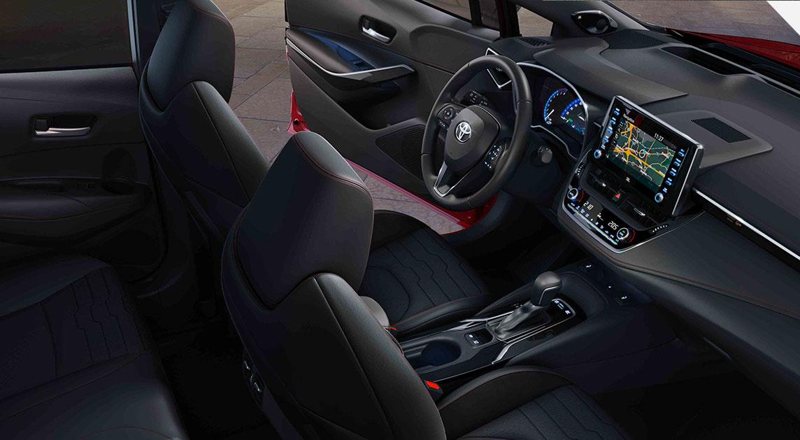 toyota-corolla-hatchback-interior_tcm-3033-1584941